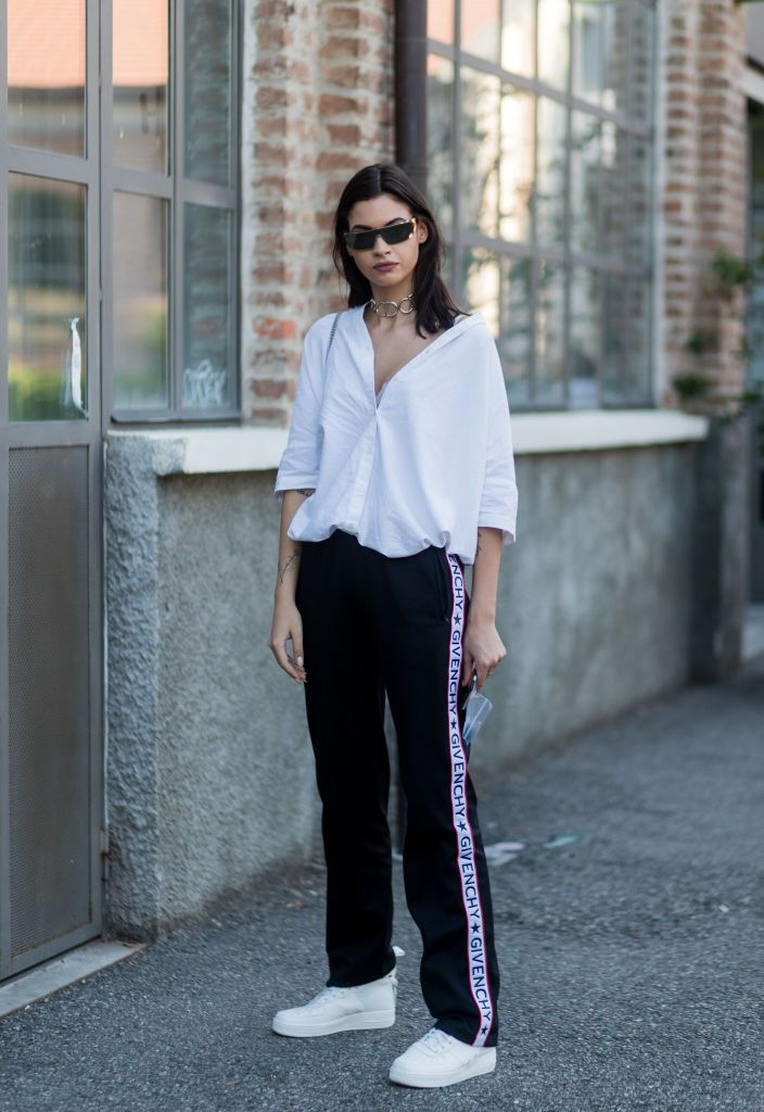 48eb6ac3183 21 Perfect Outfits With a Button-Down White Shirt