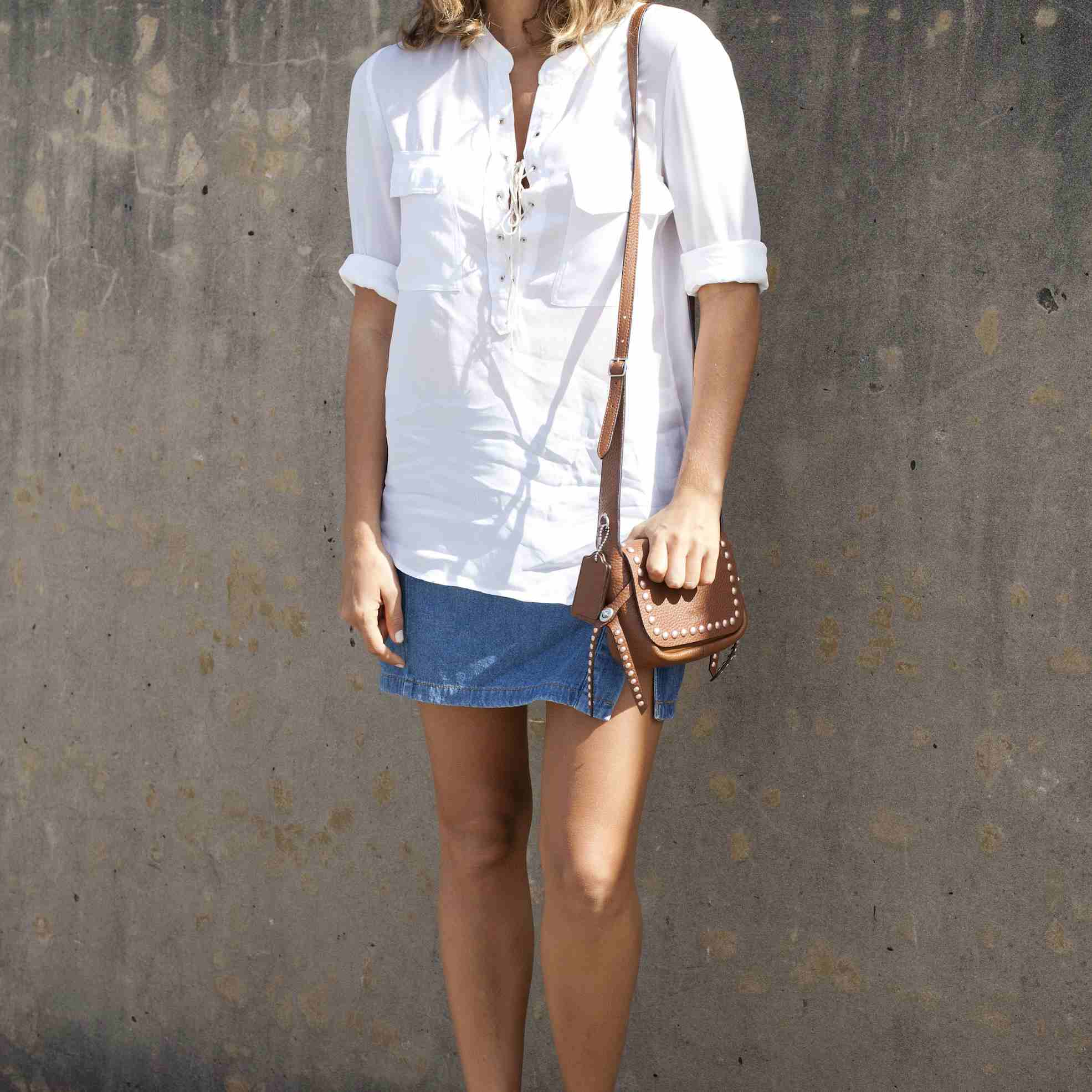 20261b0aa8 Jean Skirt Outfits: What to Wear With a Denim Skirt