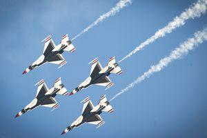 U.S. Air Force Thunderbirds Air Demonstration Squadron
