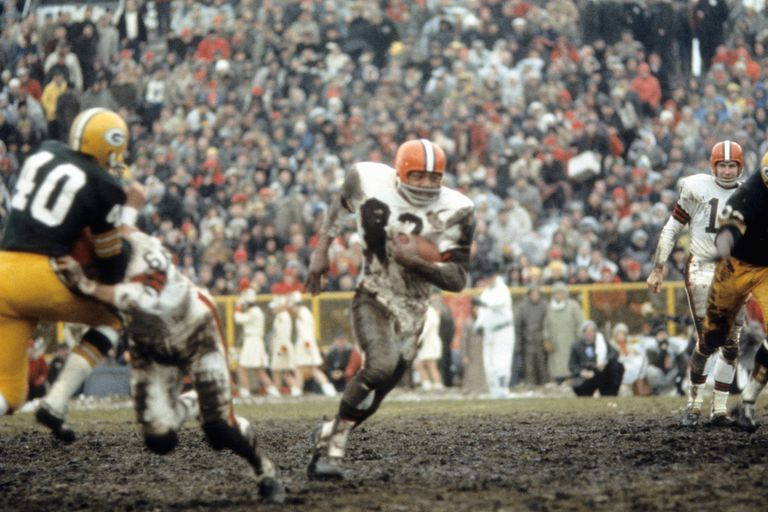 Runningback Jim Brown