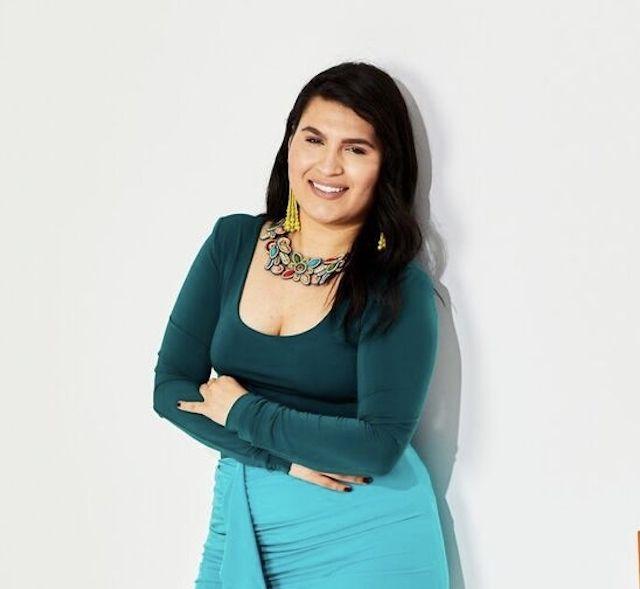 Daniela Galvez Live About
