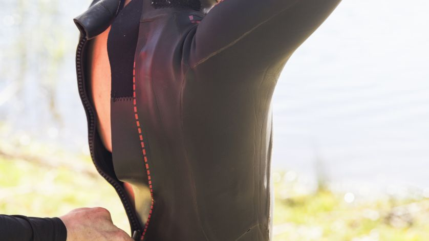 d555ddcf3d318 7 Tips for Putting a Wetsuit on More Easily