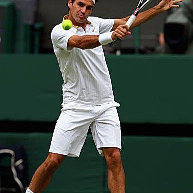 Roger Federer's Slice Backhand on a High Ball