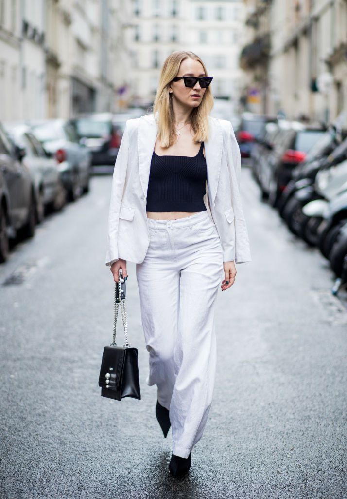 2d9ed32e48d Street style white suit and black crop top
