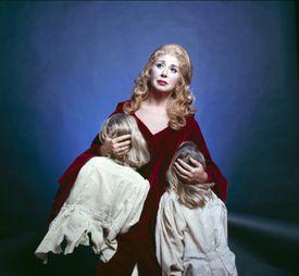 Bellini opera scene