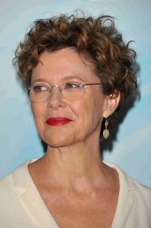 c9a8d0bab83 Choosing Eyeglass Frames for Older Women