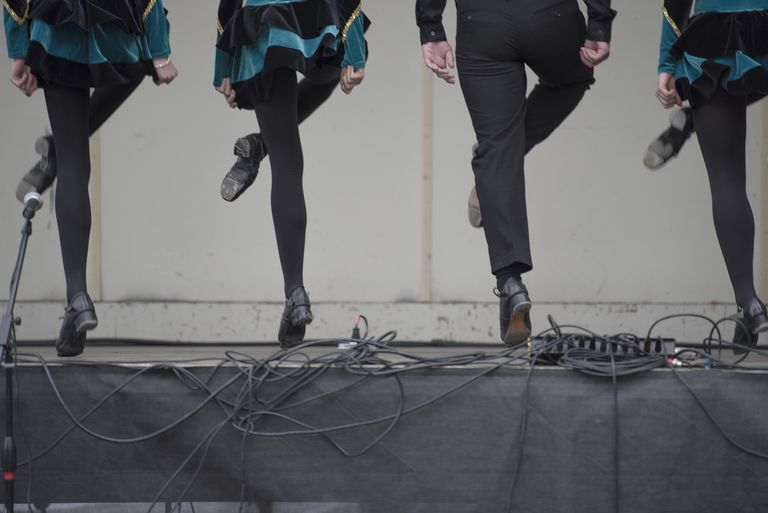 aa0fe755d4b9 Here's What to Know About Traditional Irish Dance