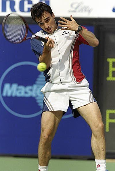 Alberto Berasategui's Forehand Grip