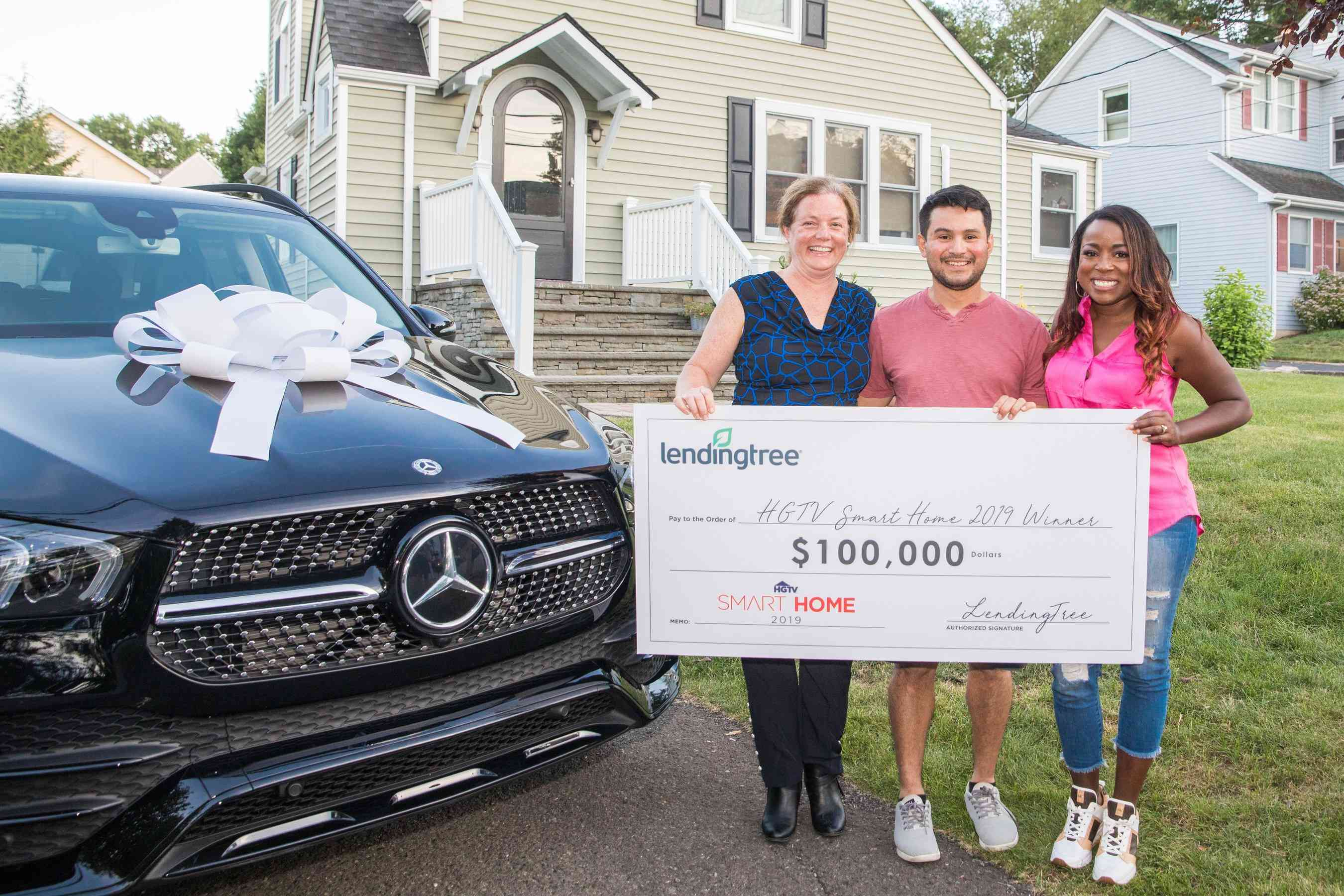 Maureen Rustrian Receives Her $1.2 Million Smart Home Prize from Tiffany Brooks