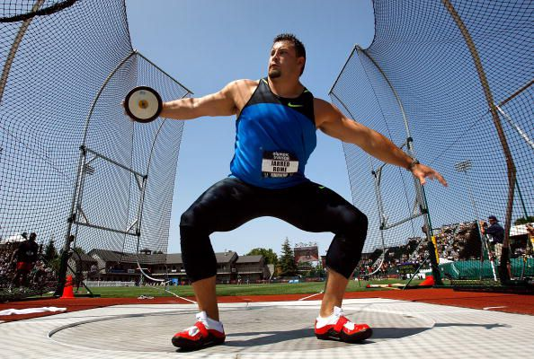 Jarred Romes prepares to throw at the 2008 U.S. Olympic Trials.