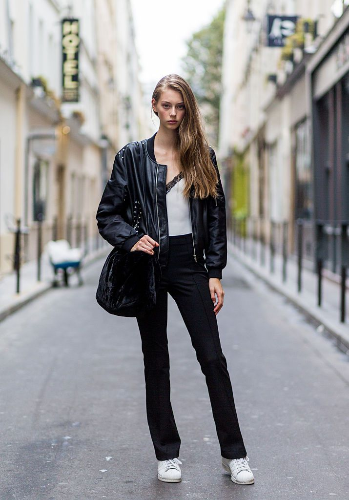 f4650ae73e Street style leather jacket and jeans. Wear a black ...