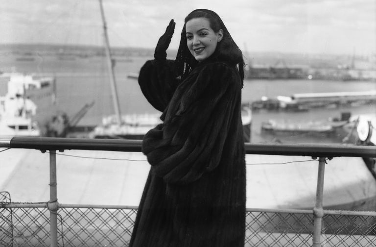 Maria Felix waving at the camera