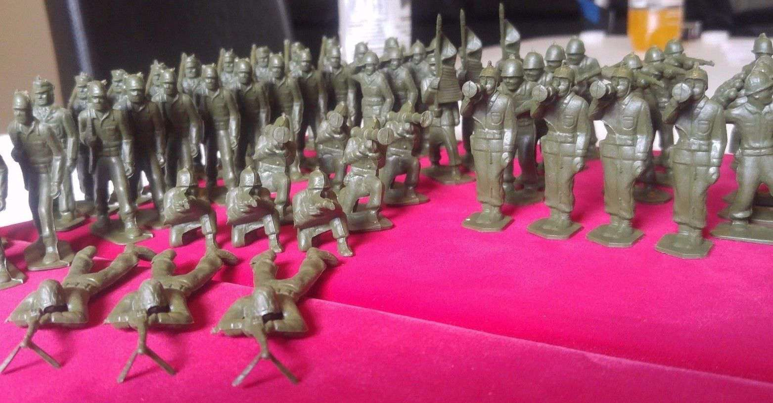 1950s/60s Marx Vintage Green Soldiers