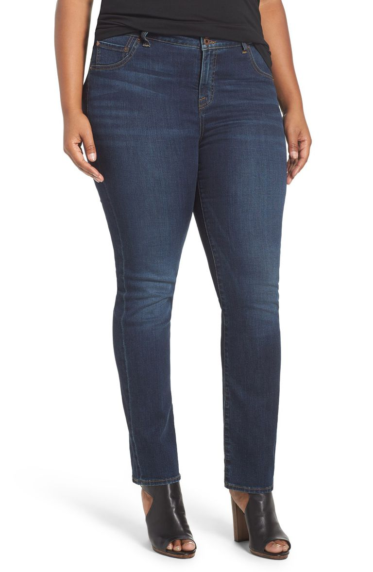 The Best Jeans to Wear for a Pear Shape Body 5bab4b1c97