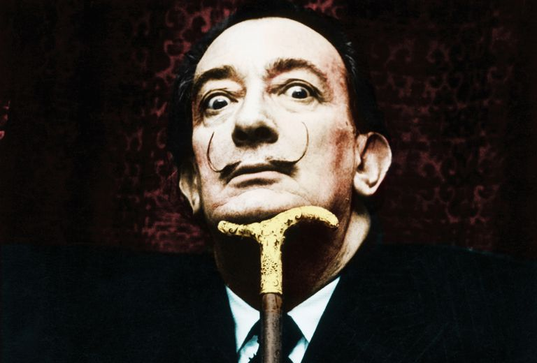 Biography of Salvador Dalí, Surrealist Artist