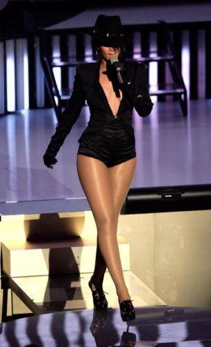 Rihanna - MTV Video Music Awards 2007