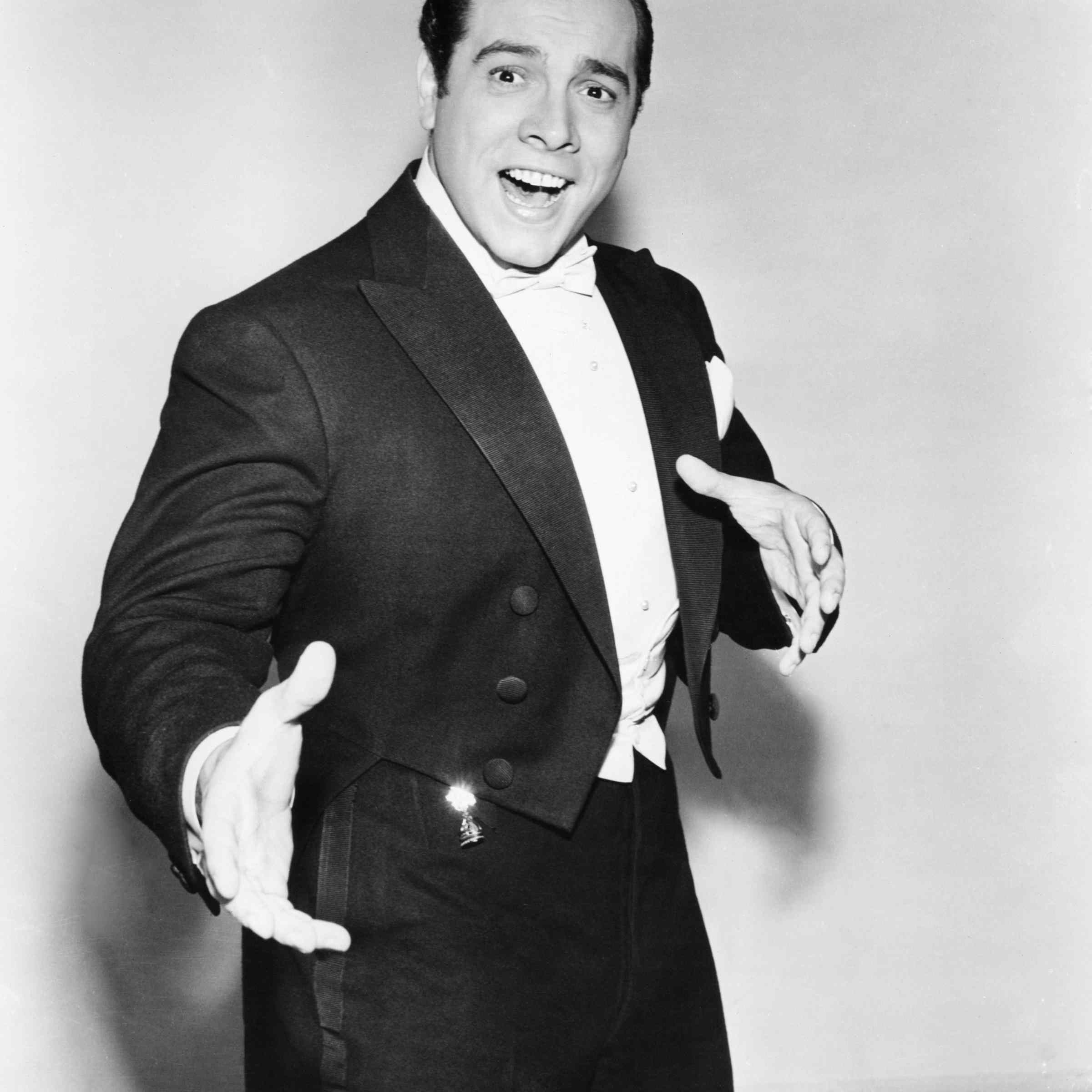 American singer and actor Mario Lanza (1921 - 1959), circa 1950.