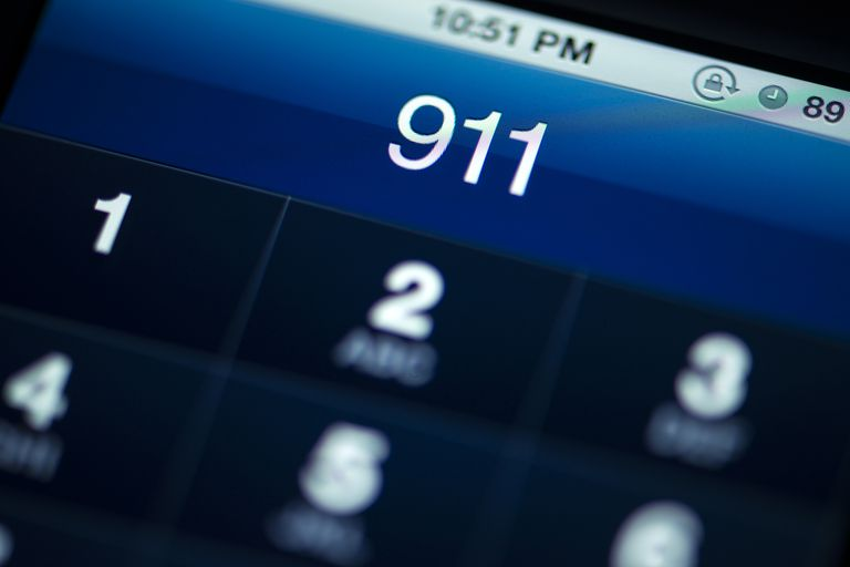20 Funny 911 Operators Couldn\'t Believe They Received