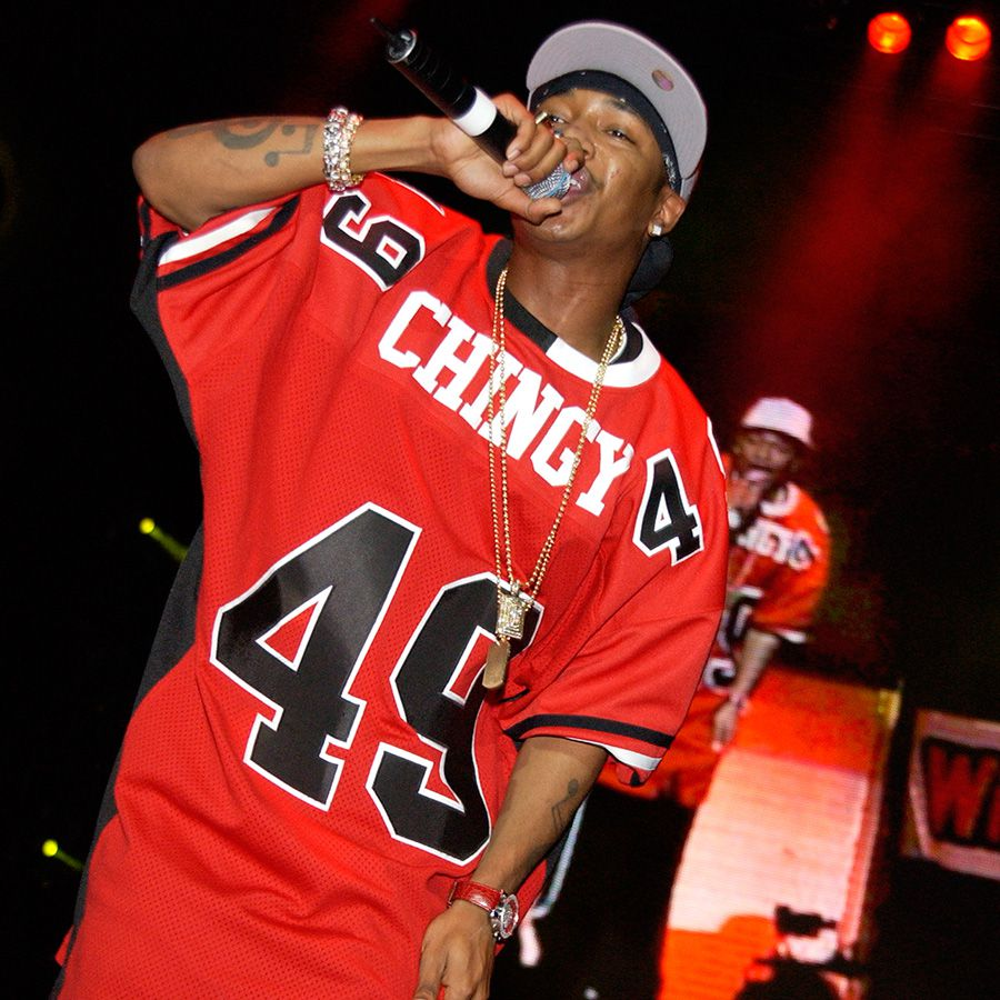 Chingy performing