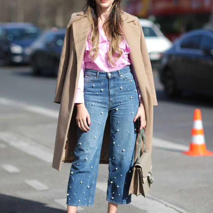 street style cropped jeans with pearls