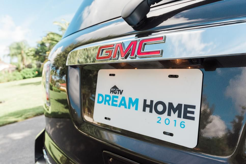 Photo of the GMC Vehicle that the Dream Home Winner Will Receive
