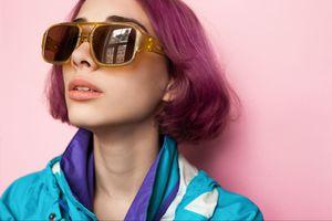 Fashion woman wearing oversized sunglasses