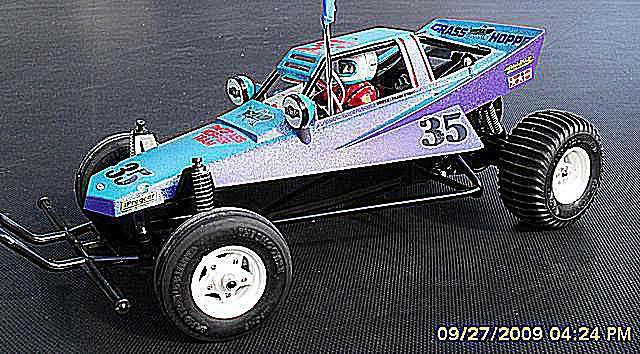 Building The Tamiya Grasshopper RC Off-Road Racer Kit