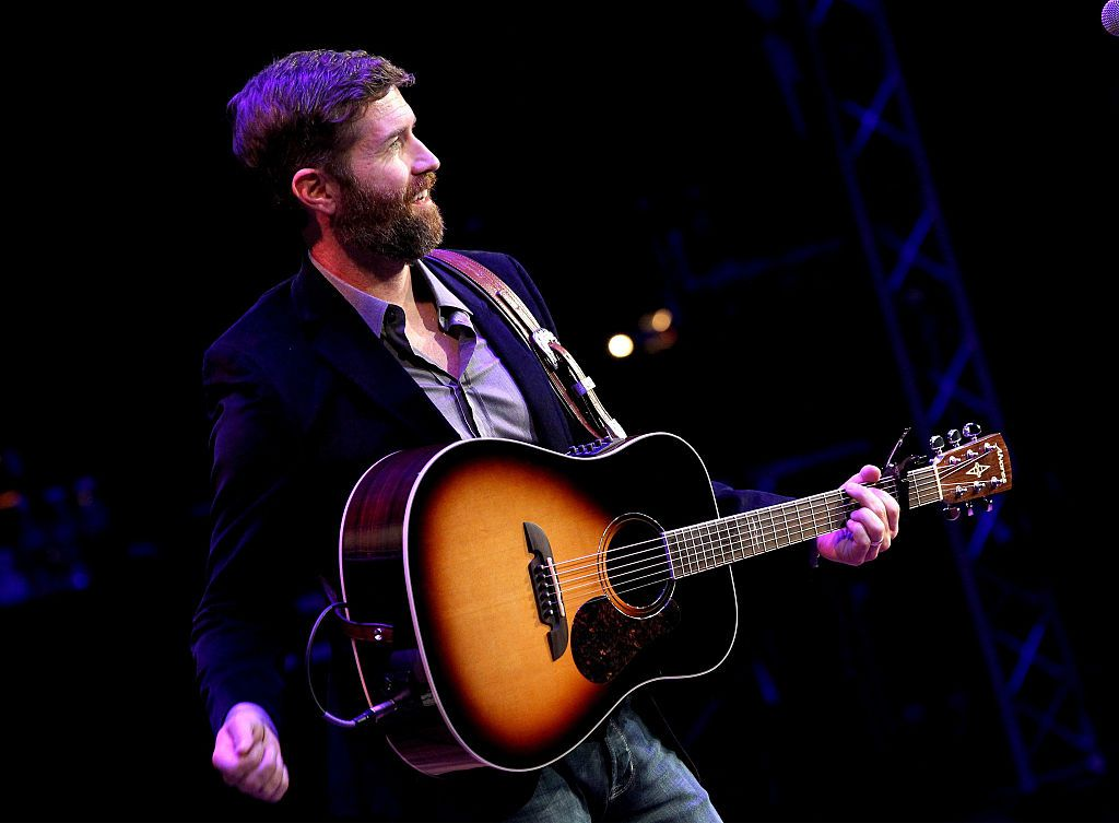 Josh Turner performs during the 9th Annual ACM Honors