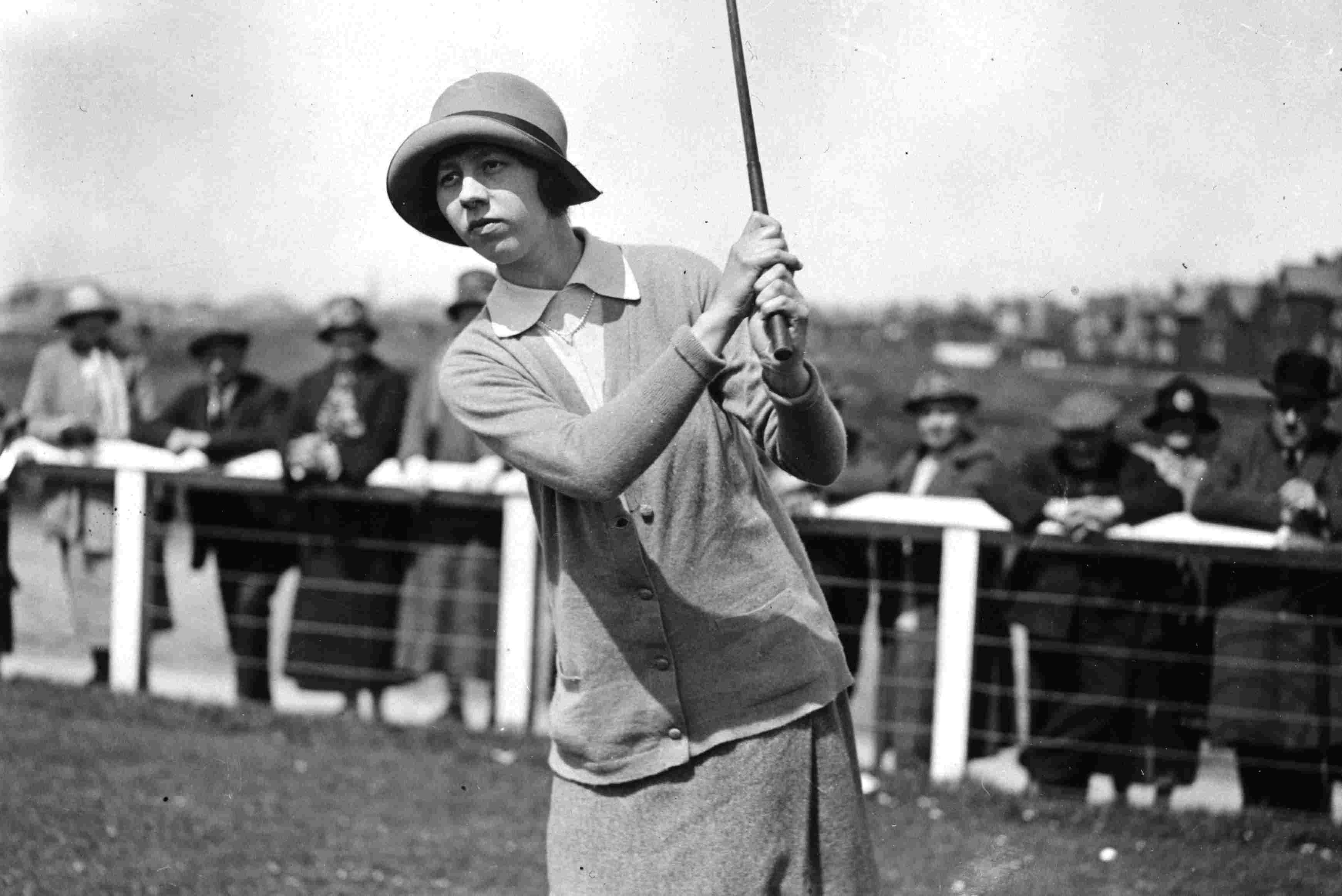 Golfer Joyce Wethered in 1925
