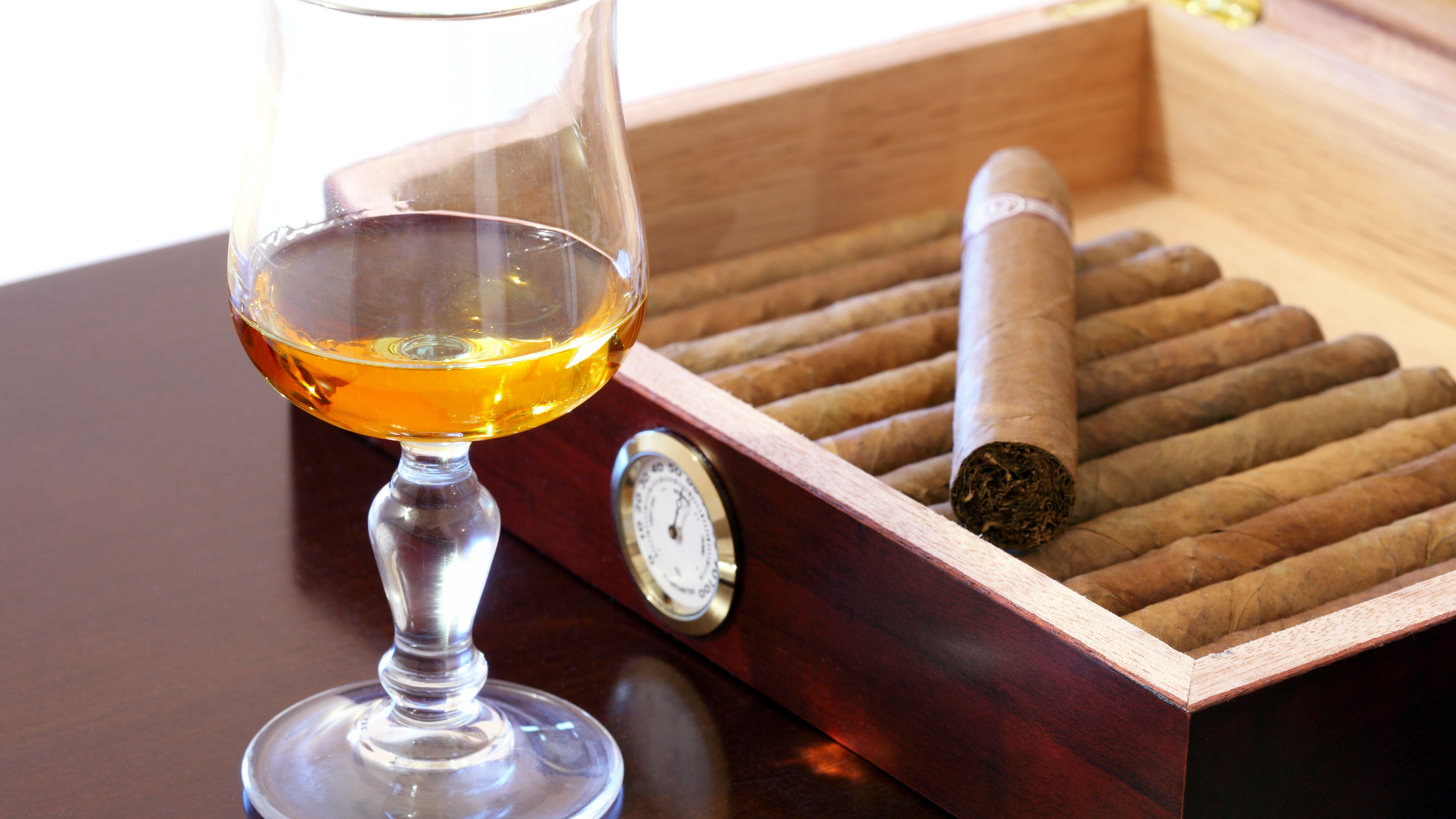 Is It Necessary to Age Cigars in a Humidor?