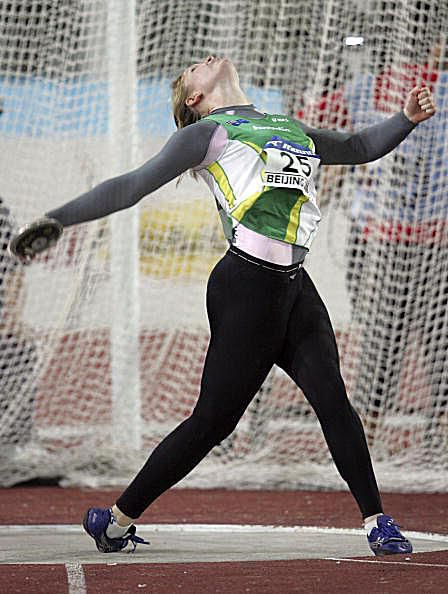Note how Dani Samuels' left side is firm as she prepares to throw the discus.