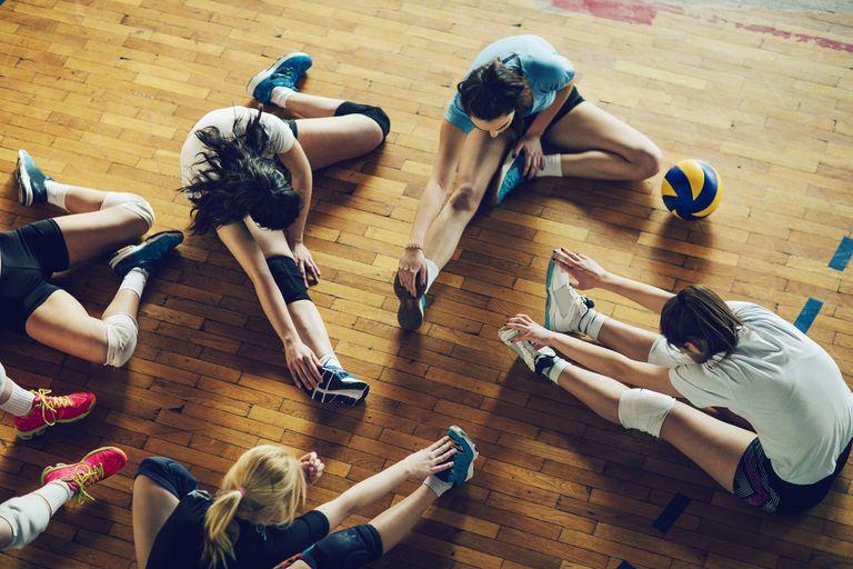 Volleyball girls stretching