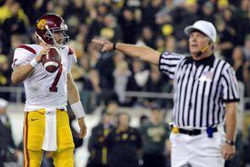 Quarterback Matt Barkley #7 of the USC Trojans