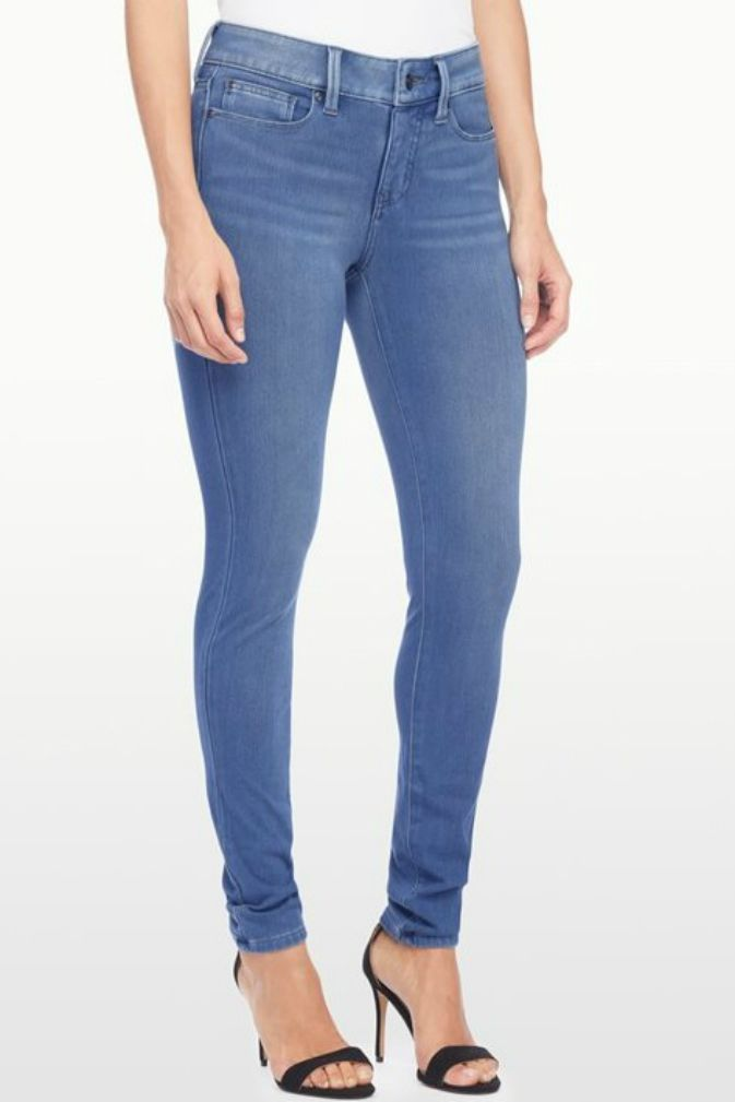 d65a2d45616e 5 Body Shaping Jeans that Act Like Shapewear