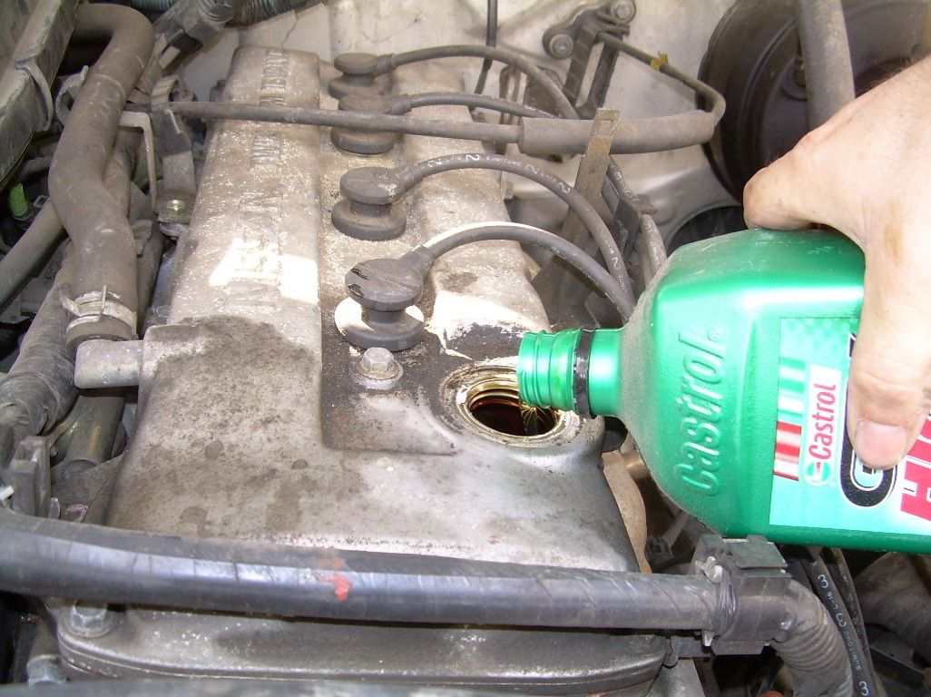 What to Do When You Need to Add a Quart of Motor Oil