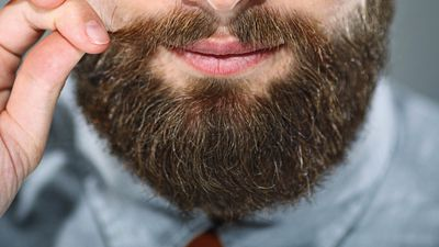 How to Trim Men's Sideburns