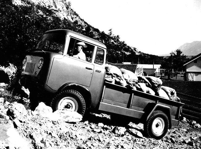 1957 Jeep FC-170 Truck