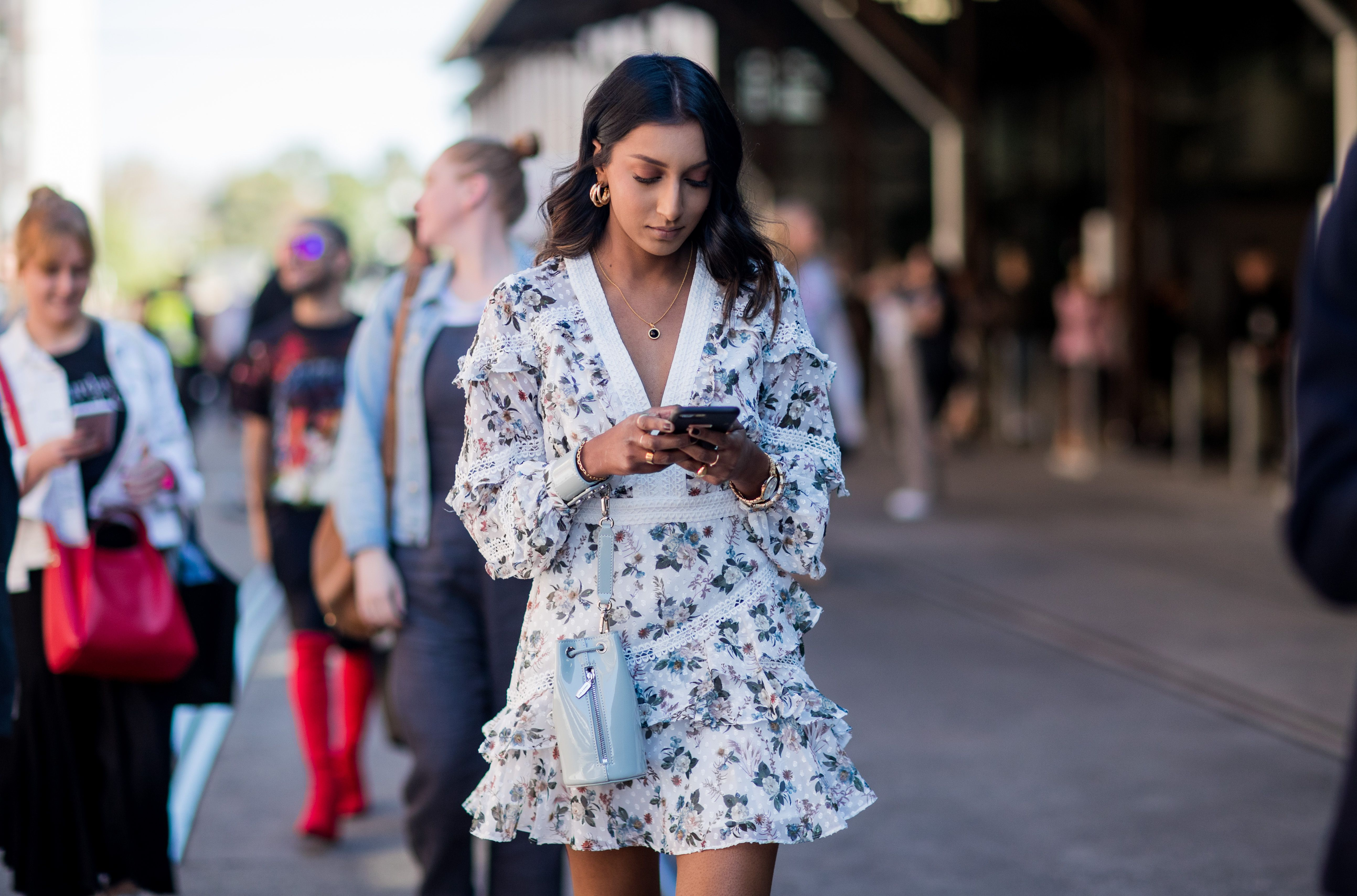 7 Perfect Summer Outfits for Women Inspired by Street Style