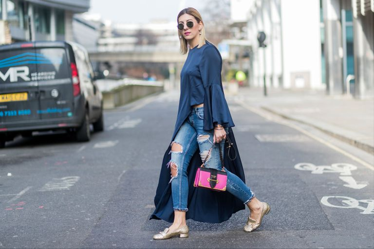 Street style in ripped jeans