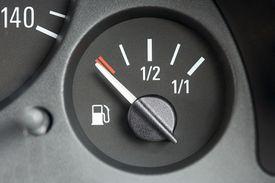gas gauge on empty