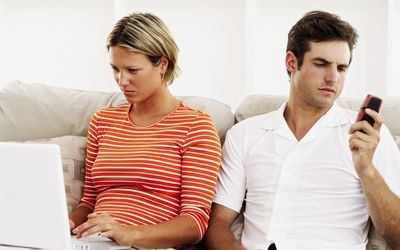 How to Tell If Your Boyfriend Is Cheating