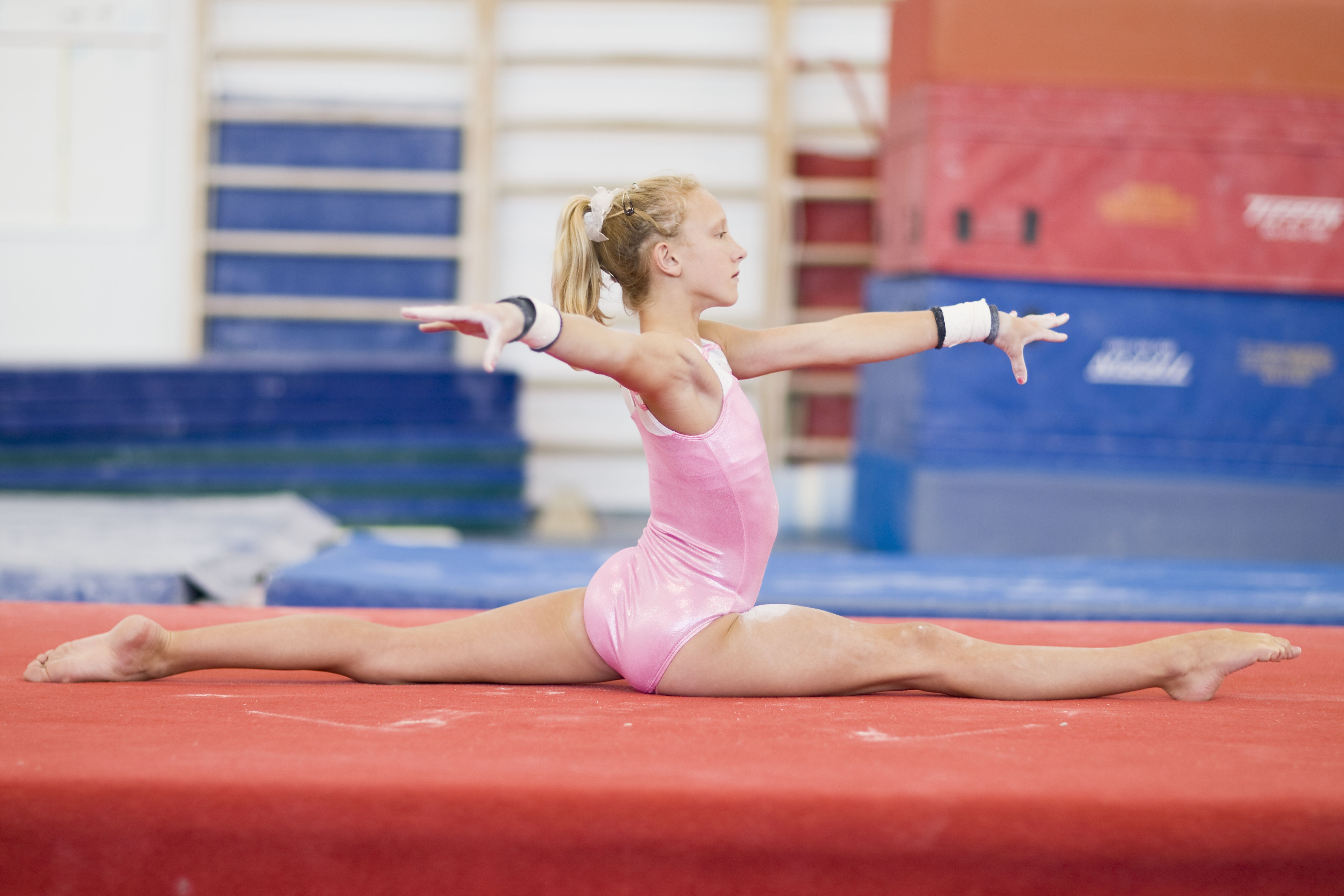 Young teen gymnast gallery #2