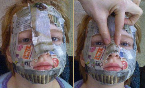 Paper_mache_mask_05-56a2650c5f9b58b7d0c9