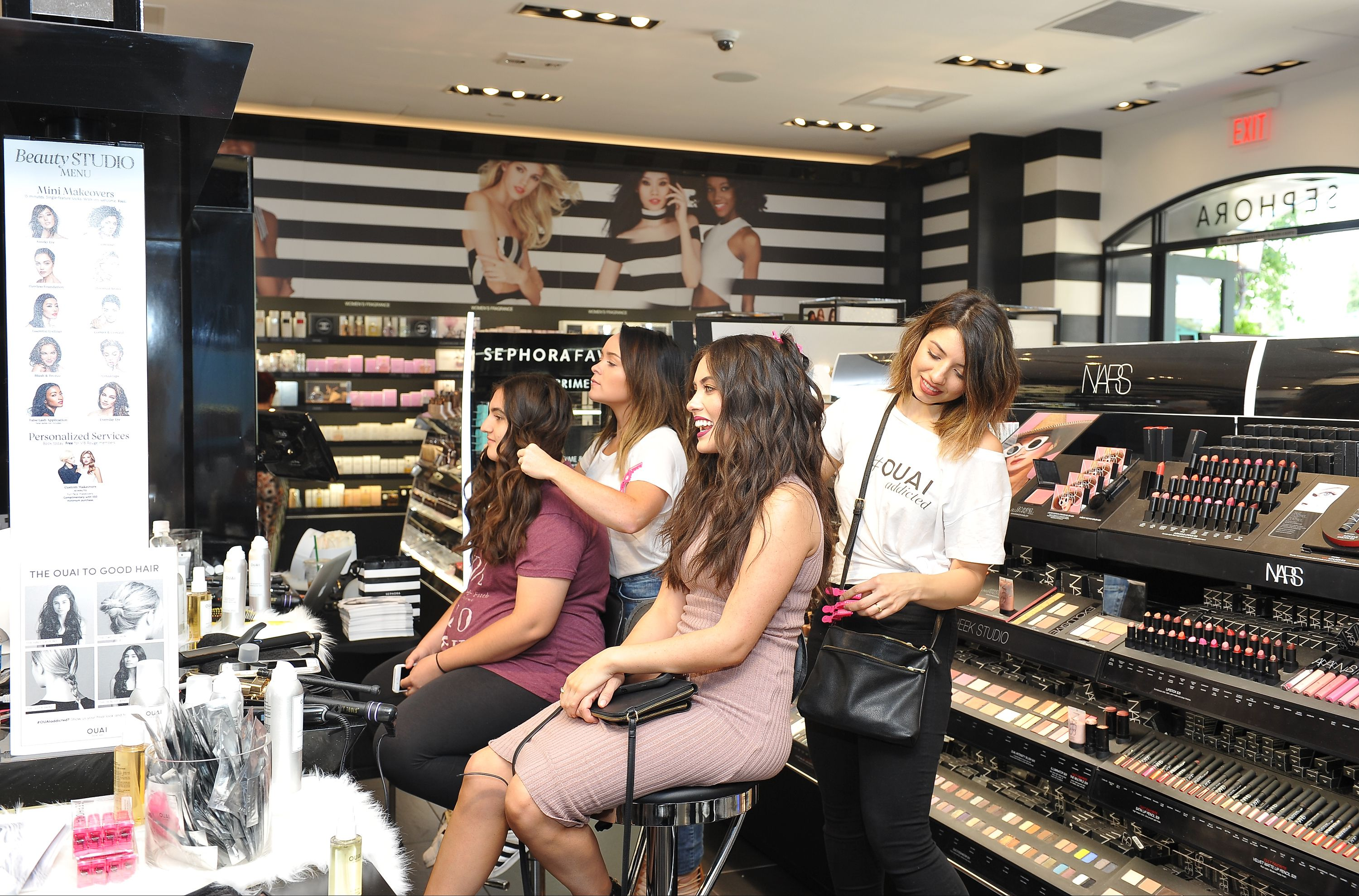 How To Get Sephora Free Samples Makeovers And Gifts