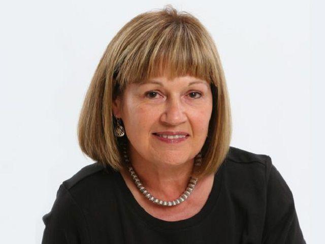 Carol Livingston, Winner of the 2011 Blog Cabin
