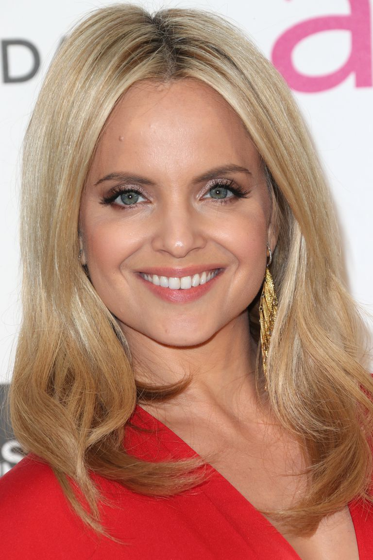 20 Hairstyles That Flatter An Oval Face