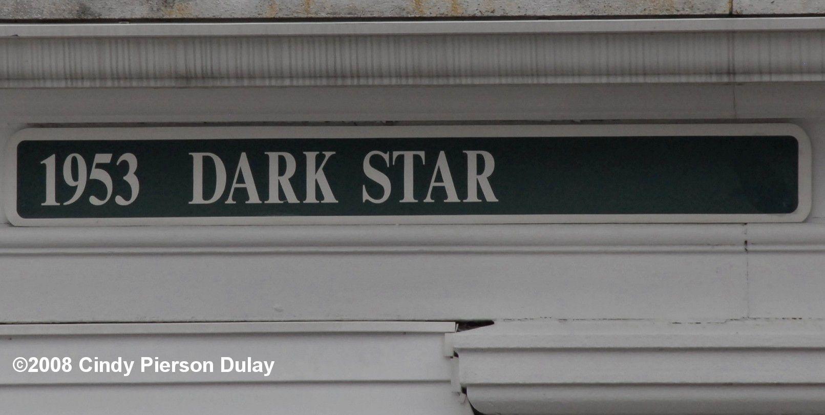 Horse racing dark star
