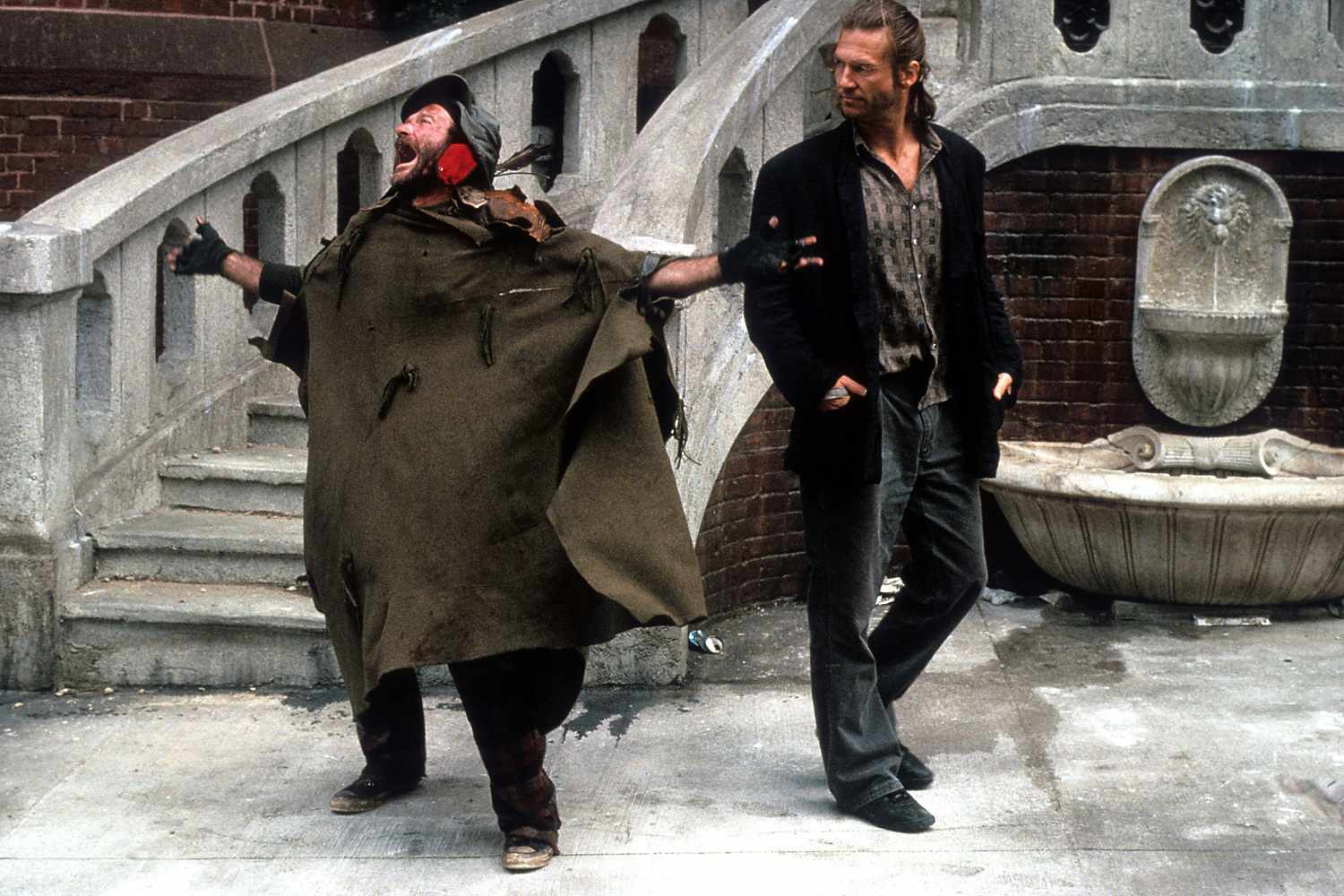 Actors Robin Williams and Jeff Bridges in the 1991 film The Fisher King