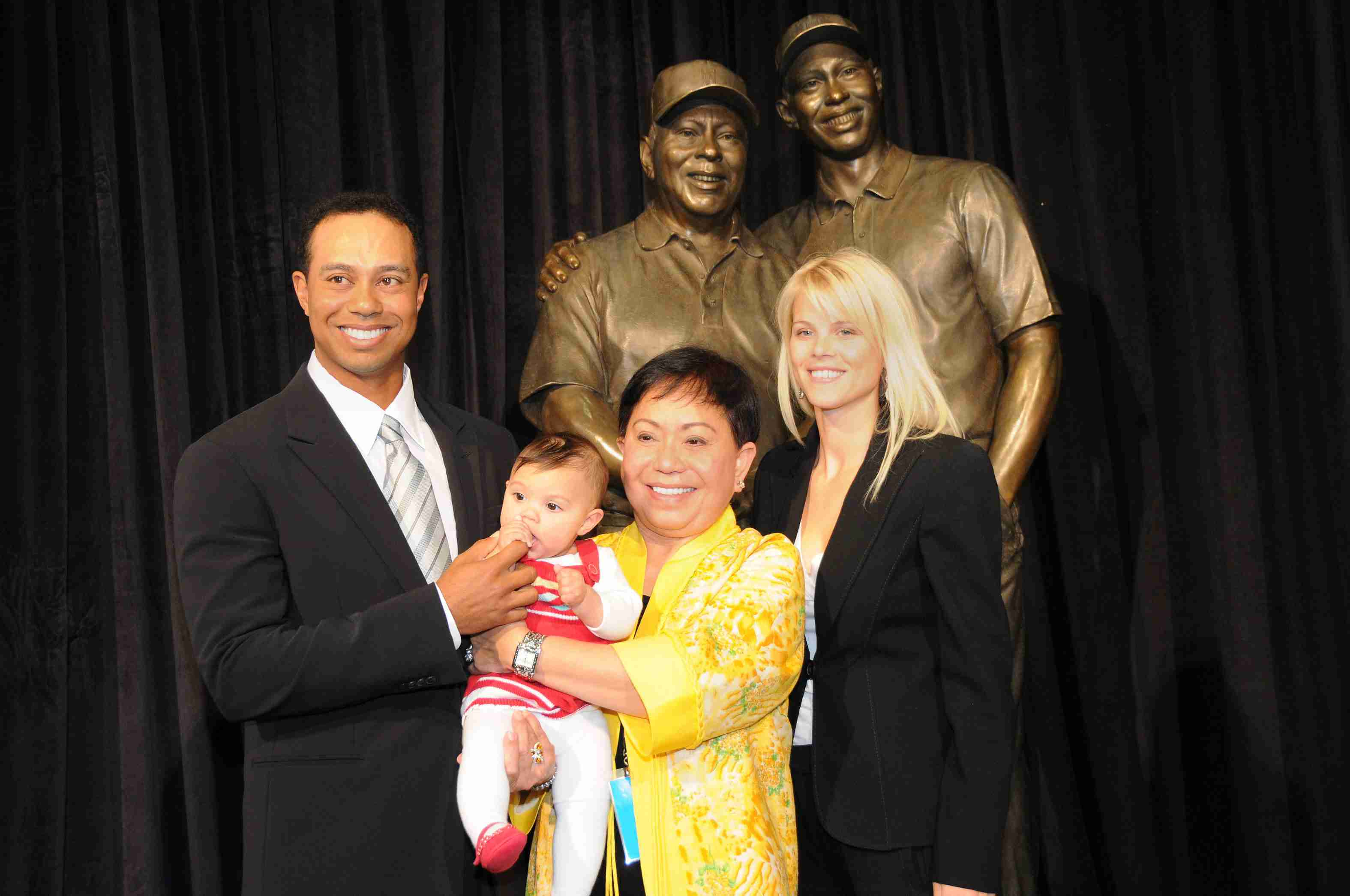 Tiger Woods with Sam, Kultida and Elin