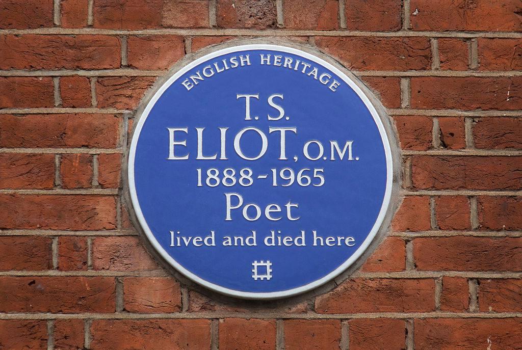 Blue plaque to poet T. S. Eliot in London